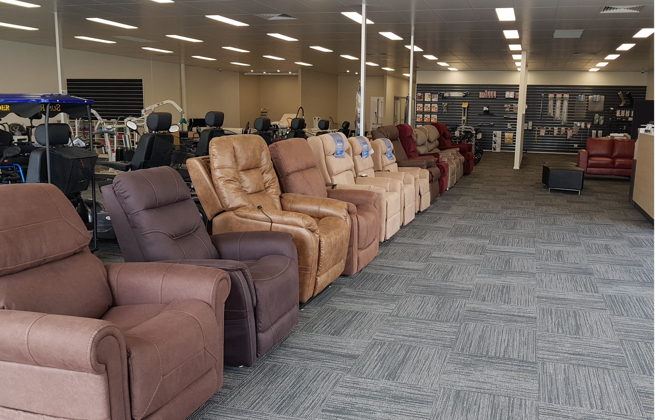 Traralgon Showroom Lift Chairs