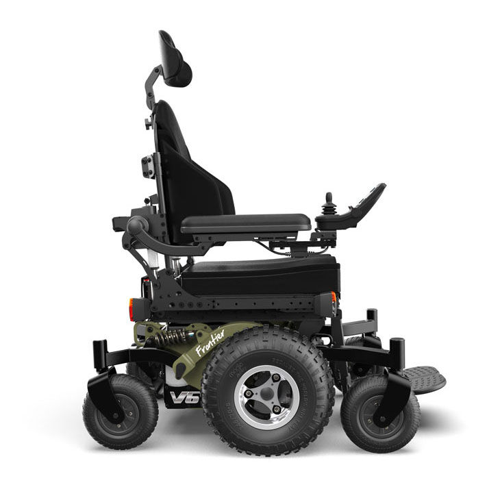 Compact mid wheel drive power wheelchair for indoor and outdoor use